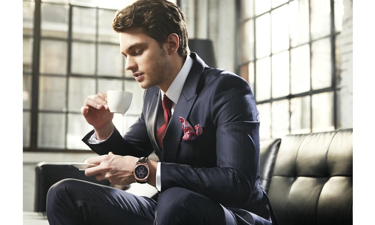 LG-predstavit_umnie_chasi_v_segmente-Luxury-LG-Watch-Urbane-05