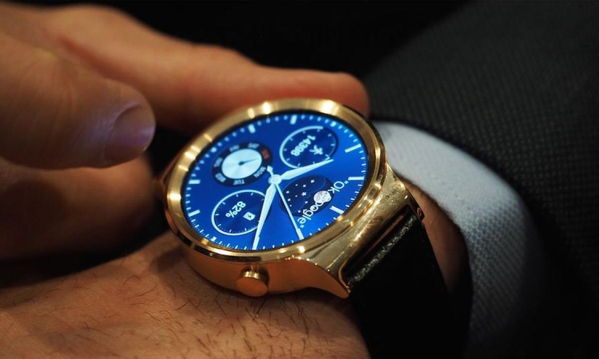 Novinki-#WMC2015-Huawei-Watch-i-Huawei-TalkBand-B2-01