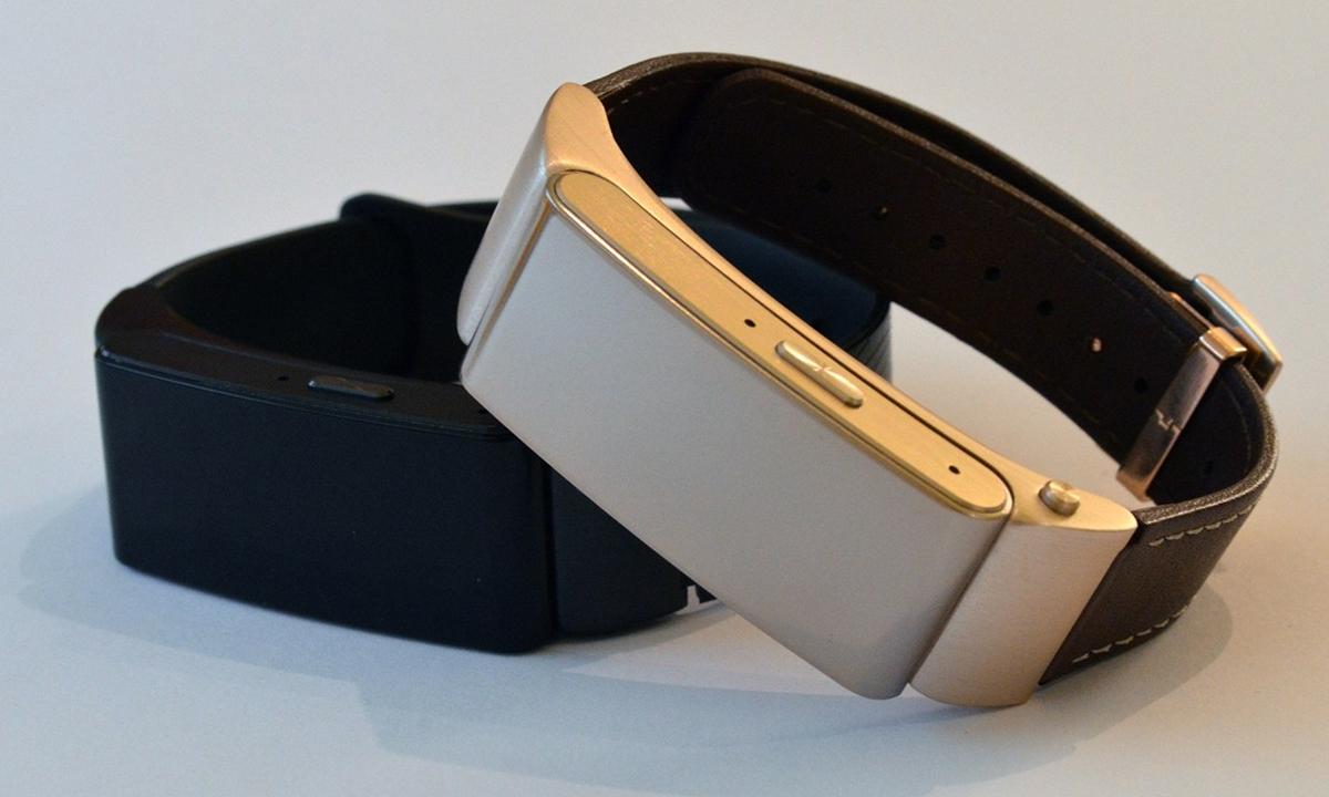 Novinki-#WMC2015-Huawei-Watch-i-Huawei-TalkBand-B2-06