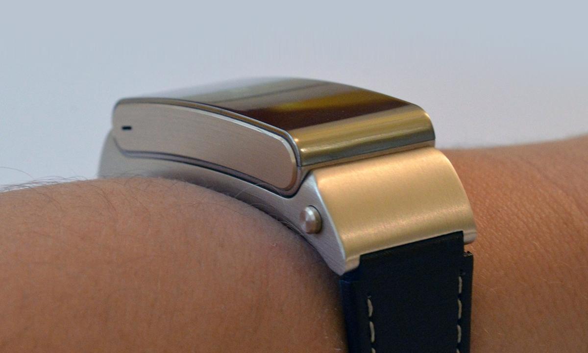 Novinki-#WMC2015-Huawei-Watch-i-Huawei-TalkBand-B2-07