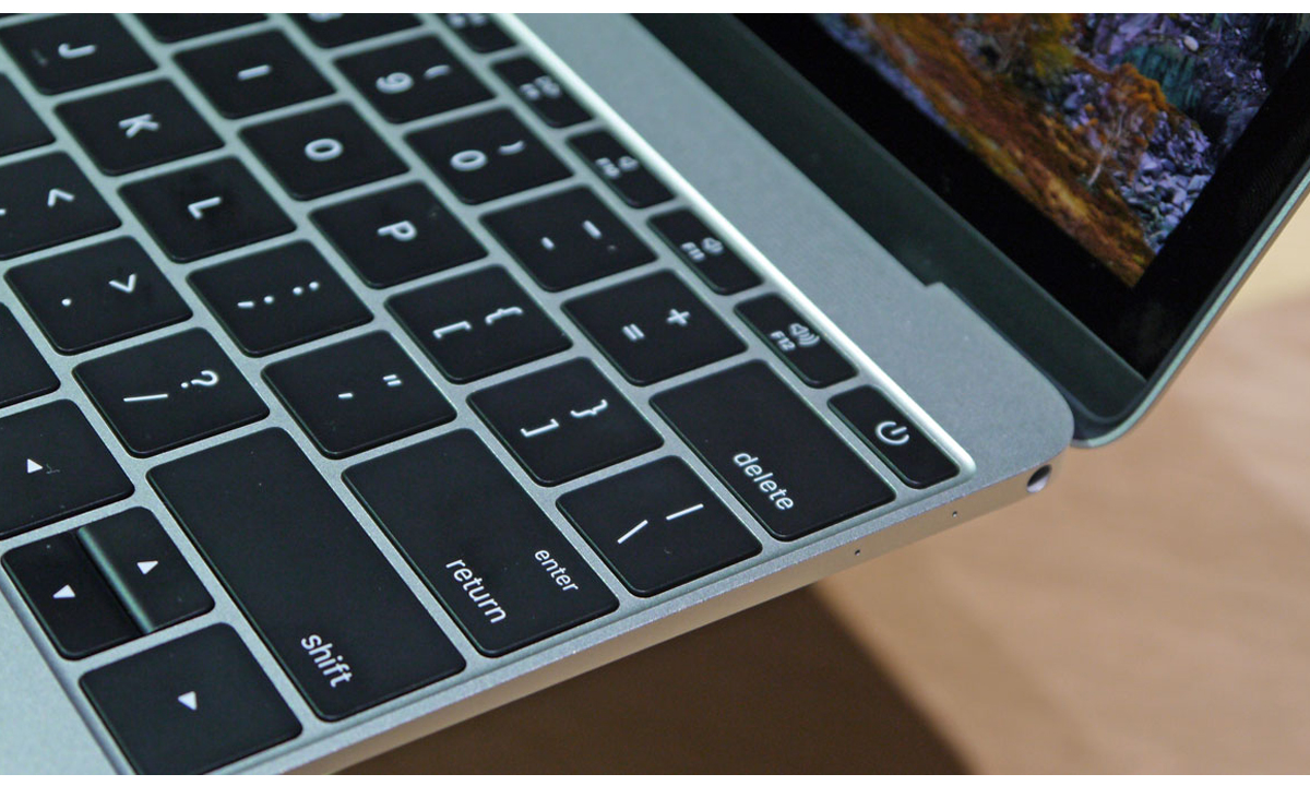 Obzor-macbook-2015-05