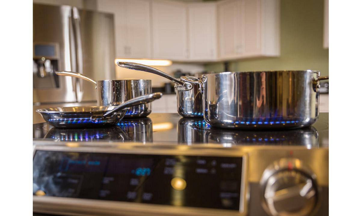 Elektronika-na-kuchne-i-v-vannoy-8