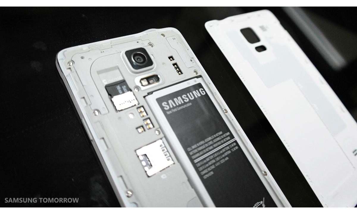 Gear-VR-i-Galaxy-Note-4-10