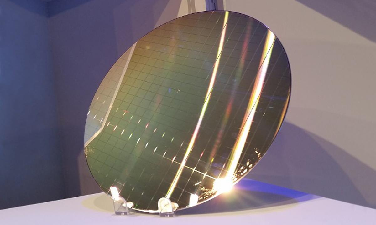 Novaya-pamyat-ot-Intel-i-Micron-04
